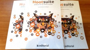 Libro Hootsuite gestionando los medios sociales