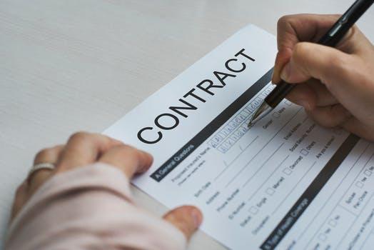 Crea formularios eficientes y protegidos con Word