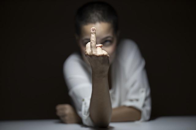 No admitas insultos ni groserías en tu fanpage