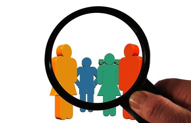 Para dar una buena atención al cliente es necesario asignar las conversaciones a la persona correcta